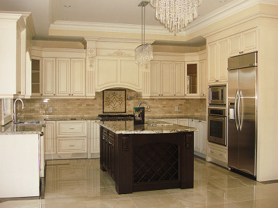 Classic kitchen with top mount and ceiling crown molding