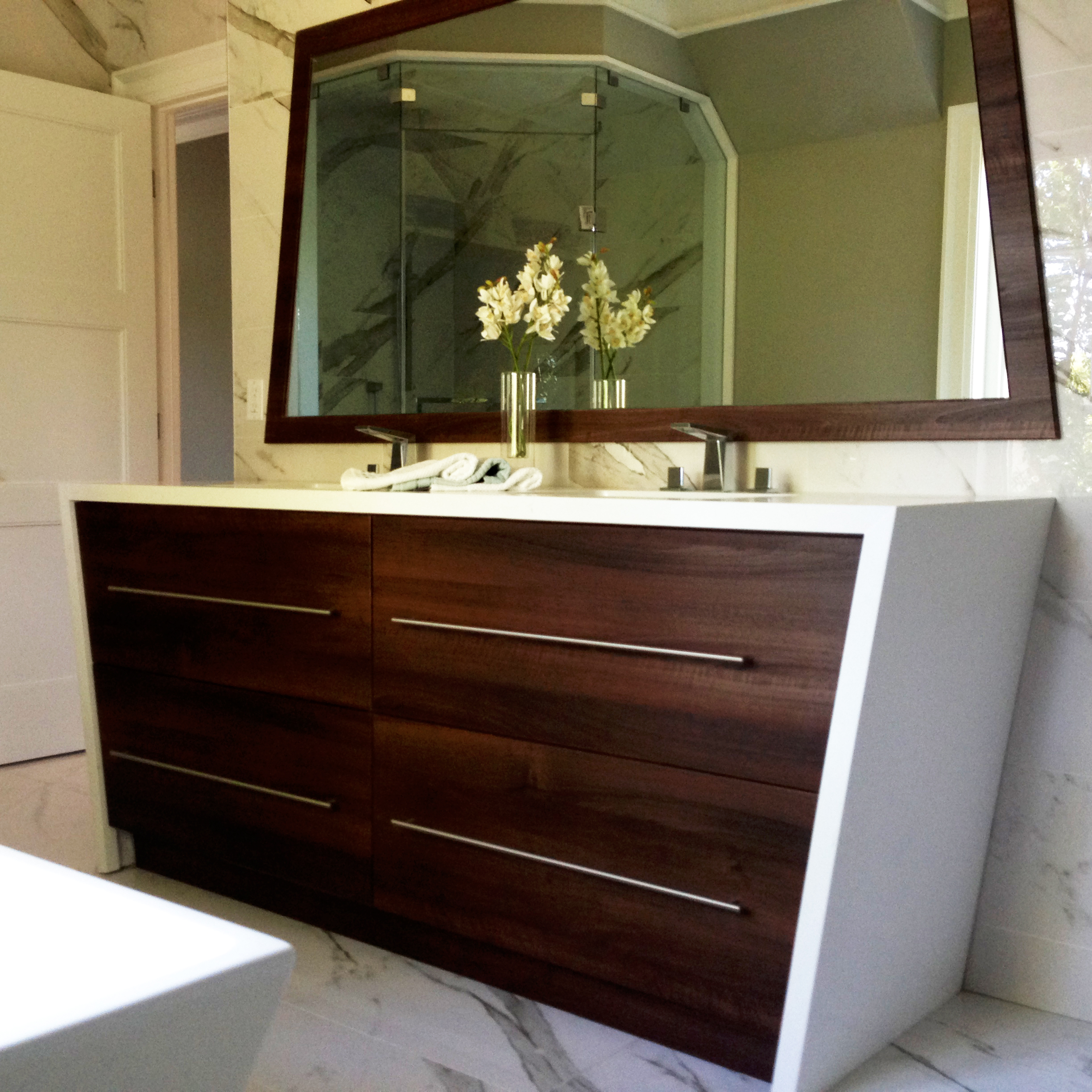 custom bathroom vanity cabinets online custom bathroom vanities design and installation in 14312